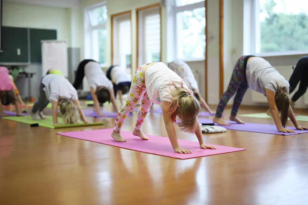 Yoga-Kids-Camp